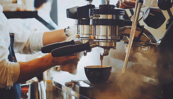 Anledningar till att välja en helautomatisk kaffemaskin